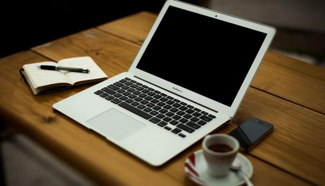 Γιατί είναι σημαντικές οι επαγγελματικές φωτογραφίες στην εταιρική σας ιστοσελίδα