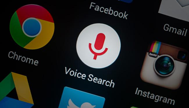Πώς η φωνητική αναζήτηση μεταμορφώνει το διαδικτυακό marketing